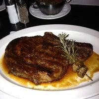 Foto diambil di N9NE Steakhouse Las Vegas oleh Danny S. pada 8/17/2012