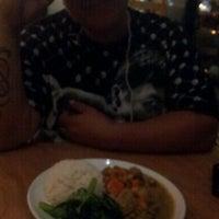 Foto scattata a Blue Hen Vietnamese Kitchen da Cheryl P. il 9/17/2011