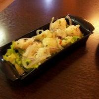 Foto tirada no(a) Oishii por Samuel M. em 11/11/2011