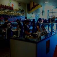 9/29/2011 tarihinde Cola C.ziyaretçi tarafından Jimmy John's'de çekilen fotoğraf
