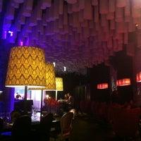 Foto tomada en B-lounge por Dima S. el 3/24/2012