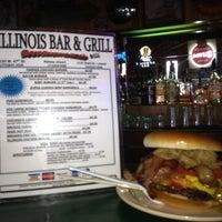 Foto diambil di Illinois Bar & Grill oleh J. Kelly S. pada 7/18/2012