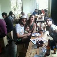 Das Foto wurde bei La Barra von Cristian L. am 7/10/2012 aufgenommen