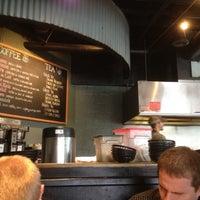 Foto tomada en Jackson's Bar & Bistro por T-Bone C. el 6/1/2012