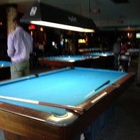 Foto tirada no(a) Eastside Billiards & Bar por Alonso B. em 6/24/2012