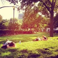 Снимок сделан в Dupont Circle пользователем Nathan L. 5/27/2012