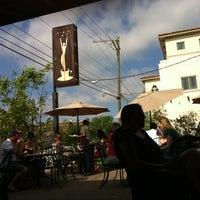 Photo prise au Empire Cafe par Sarah G. le4/1/2012