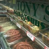 Foto scattata a Tony's Italian Deli and Subs da Brian S. il 9/15/2011