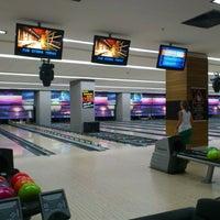 รูปภาพถ่ายที่ Rolling Ball Bowling โดย Gökhan C. เมื่อ 8/4/2012
