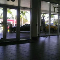 Das Foto wurde bei Tropical Chevrolet von Nae N. am 1/20/2012 aufgenommen