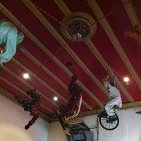 2/18/2012にRachel E.がCircus Circus Cafeで撮った写真
