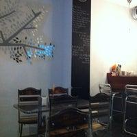 Foto tomada en Café Alma por Silvia I. el 11/18/2011