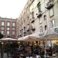 Photo prise au Piazza Vincenzo Bellini par Ezio P. le8/25/2012
