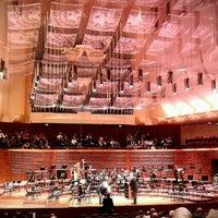 Das Foto wurde bei Louise M. Davies Symphony Hall von Sergio R. am 11/5/2011 aufgenommen