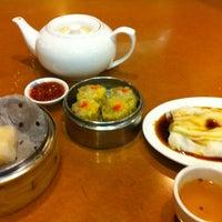 1/9/2011 tarihinde Kendall T.ziyaretçi tarafından China Pearl Restaurant'de çekilen fotoğraf