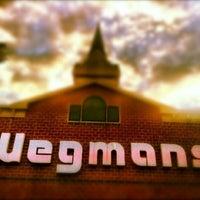 Снимок сделан в Wegmans пользователем Elle B. 6/25/2012