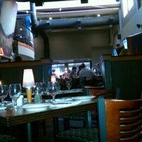 Foto diambil di Bluestone Restaurant oleh Charles Gary M. pada 9/5/2012