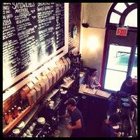 Foto scattata a Birch Coffee da Brandon R. il 5/25/2012