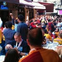 Foto diambil di Abbas Restaurant oleh BAHADIR pada 4/22/2012