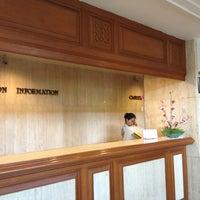 Das Foto wurde bei Phuket Merlin Hotel von DaDaa @. am 4/5/2012 aufgenommen