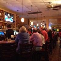 Foto diambil di The Sandbar and Grille oleh Phillip H. pada 4/1/2012