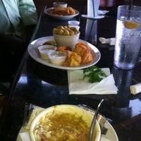 Foto diambil di Dodie's Cajun Restaurant oleh Toren S. pada 8/22/2012