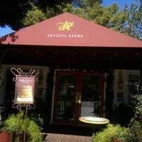 2/2/2011에 Shivah R.님이 Arcadia Farms Café에서 찍은 사진