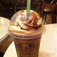 4/27/2011 tarihinde Antonio T.ziyaretçi tarafından Starbucks Coffee'de çekilen fotoğraf