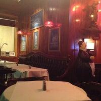 รูปภาพถ่ายที่ Swingin' Door Exchange โดย Vanessa R. เมื่อ 4/15/2012