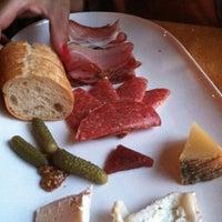 5/11/2012에 ericamichele h.님이 Stonehome Wine Bar & Restaurant에서 찍은 사진