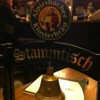 Foto tirada no(a) Restaurant Floh por Timo J. em 2/29/2012