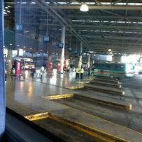 Foto tomada en Terminal de Buses San Borja por Nico F. el 2/19/2012