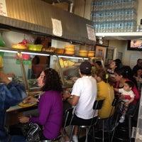 2/24/2012 tarihinde Joaquin L.ziyaretçi tarafından Tacos sarita'de çekilen fotoğraf