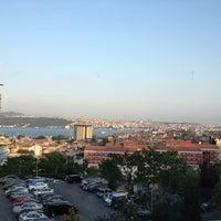 Foto scattata a Şişli Öğretmenevi da Murat T. il 5/14/2012