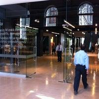 รูปภาพถ่ายที่ Mall Espacio M โดย René V. เมื่อ 4/16/2012