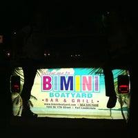 11/29/2011にAnita M.がBimini Boatyard Bar & Grillで撮った写真