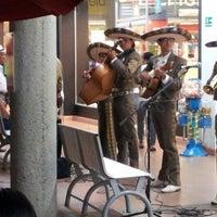 Foto tomada en Centro Comercial La Herradura por Julio Cesar H. el 9/10/2012