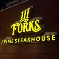 Foto tirada no(a) III Forks Prime Steakhouse por Dave N. em 1/23/2012