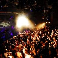 Photo prise au Fabric par Party Earth le6/18/2012