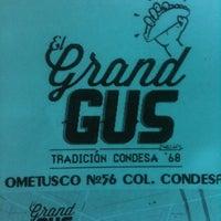 12/20/2011에 Rafael L.님이 Tacos Gus에서 찍은 사진