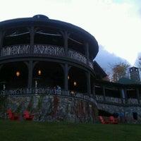 9/24/2011 tarihinde Kristen S.ziyaretçi tarafından Lake Placid Lodge'de çekilen fotoğraf