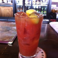 Photo prise au Poplar Street Pub par Rachelle R. le9/6/2011