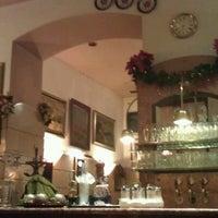 รูปภาพถ่ายที่ Gulaschmuseum โดย Janis S. เมื่อ 11/29/2011