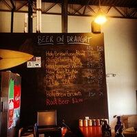 รูปภาพถ่ายที่ Lost Rhino Brewing Company โดย Frank S. เมื่อ 6/20/2012