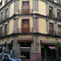Foto tomada en Hotel Francés por Charoen C. el 8/28/2011