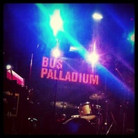Photo prise au Bus Palladium par Guillaume G. le10/22/2011