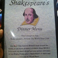 Снимок сделан в Shakespeare's English Pub пользователем James A. 3/17/2011