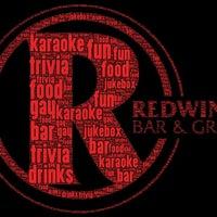 Снимок сделан в Redwing Bar & Grill пользователем Sydney P. 9/22/2011