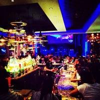 Foto scattata a Hard Rock Cafe Florence da Alxndr G. il 7/18/2012