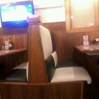 รูปภาพถ่ายที่ Enzo SteakHouse โดย Luara O. เมื่อ 6/27/2012